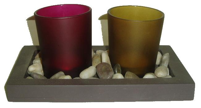 Svícen na čajovou svíčku s kameny